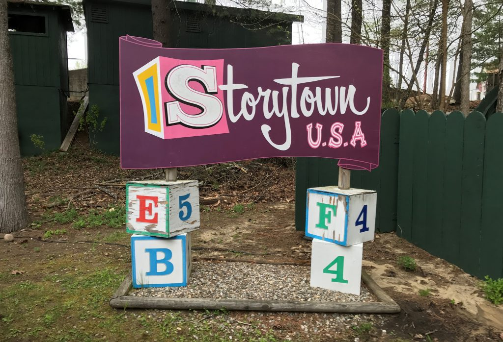 Storytown USA Sign