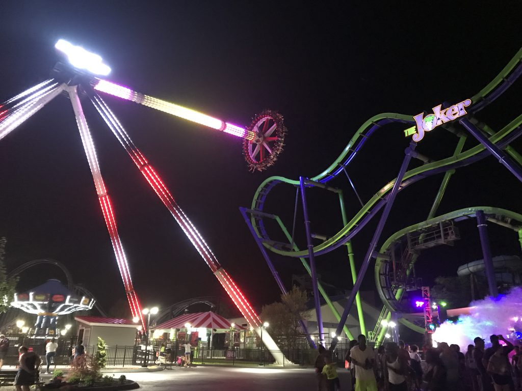 Harley Quinn Spinsanity During Member Exclusive Ride Time
