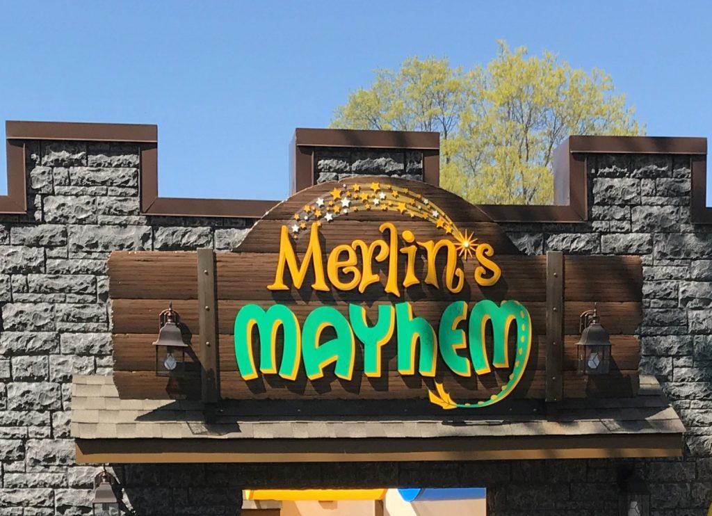Merlin's Mayhem Queue Entrance