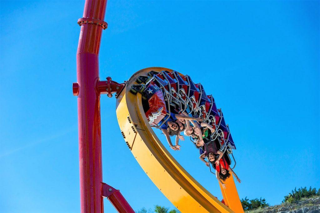 Wonder Woman Golden Lasso Coaster Hang Time